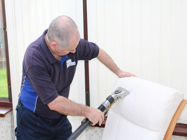 Upholsterycleaning 1